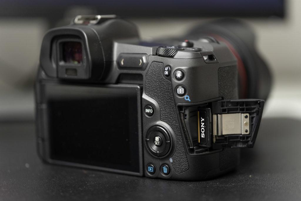 Canon EOS R body обзор, характеристики фотоаппарата, фото