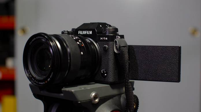 Fujifilm X-T4 - Представлена новая беззеркальная цифровая камера серии X