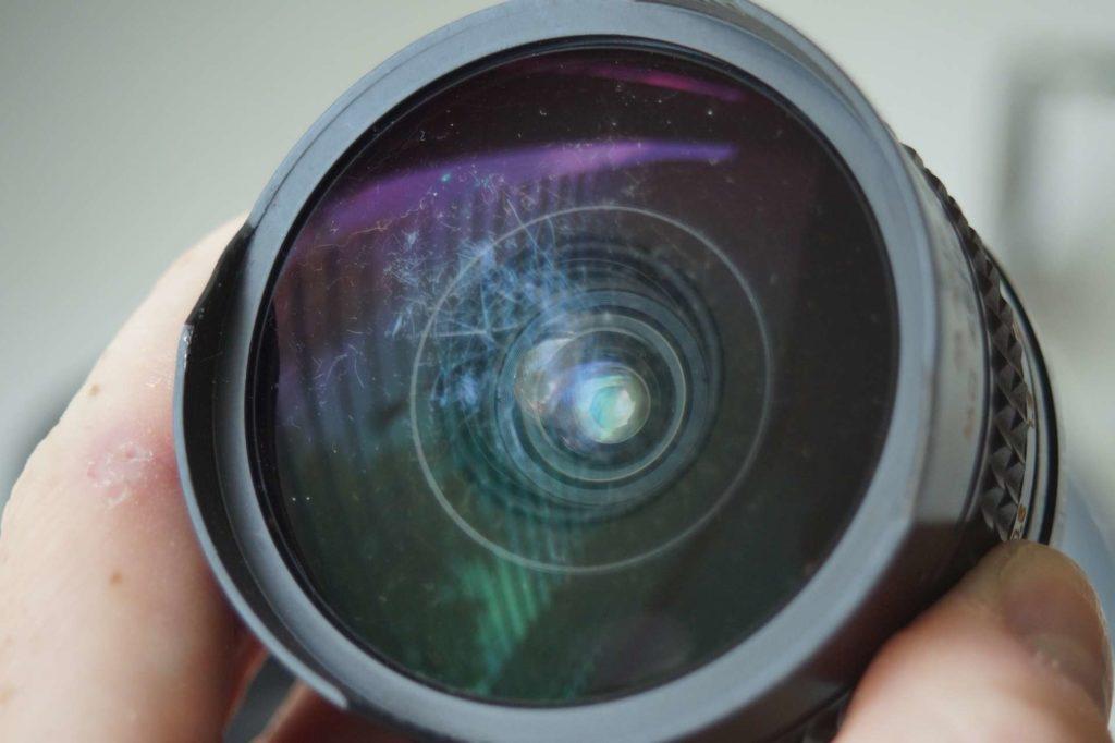 Как купить бу фотоаппарат или объектив на авито