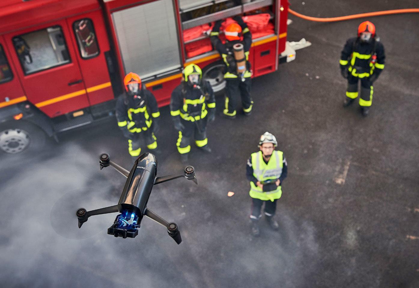 применений для дронов в коммерческих целях