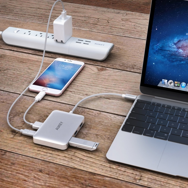 Что такое сквозная зарядка Power bank для смартфона и ноутбука