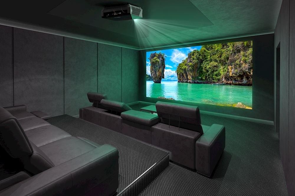 Лучшие проекторы 2020-2021 для домашнего кинотеатра