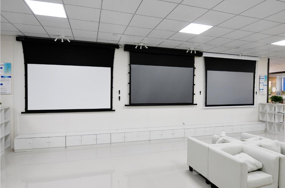 Различные типы экранов для проекторов домашнего кинотеатра