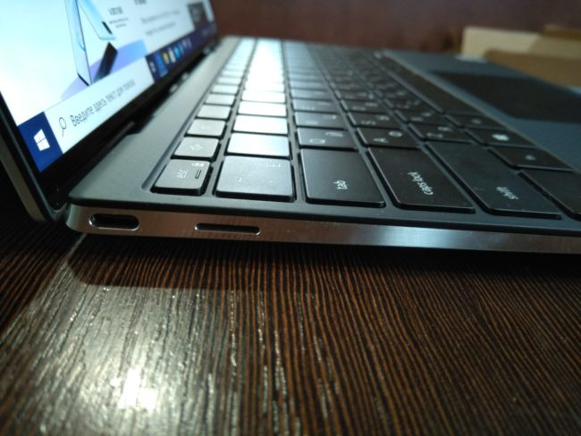 Ноутбук DELL XPS 13 9300