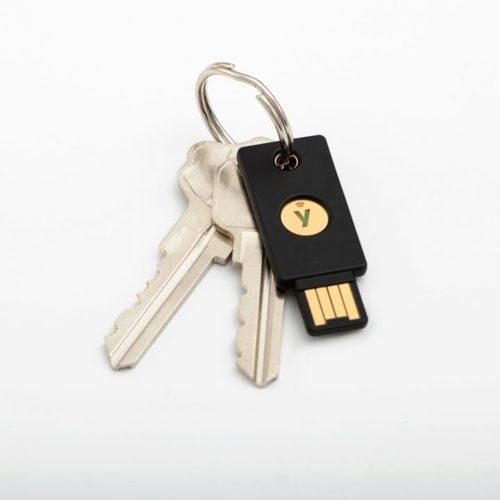 Yubico YubiKey 5 NFC лучшие ключи безопасности