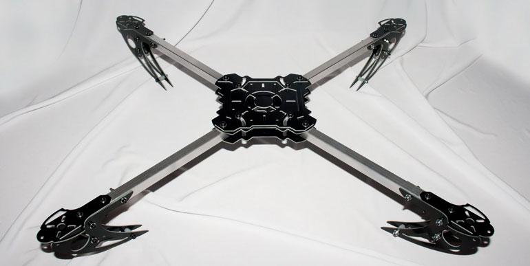 Что такое квадрокоптер, зачем он нужен, кто его придумал и как он устроен?